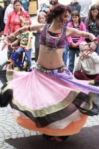 Dancer Lucy z Czech - pokaz taneczny podczas festiwalu BuskerBus
