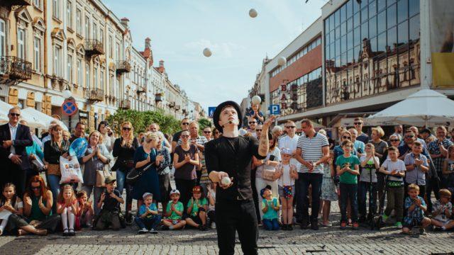 Żongler z Wrocławia Kacper Wydmański